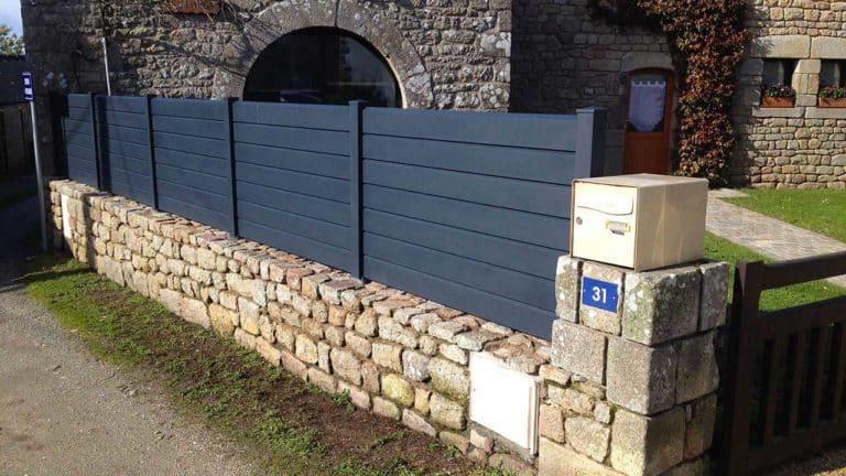 clôtures modernes bleues grises