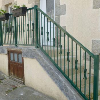 clôtures vertes escalier