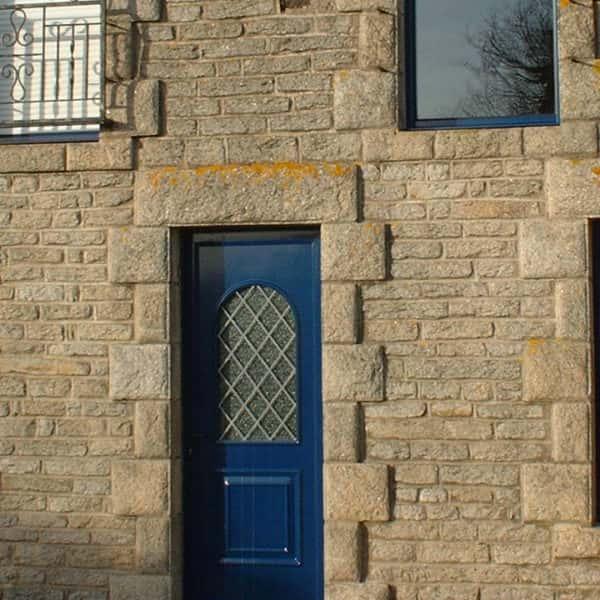 fenêtres aluminium bleues