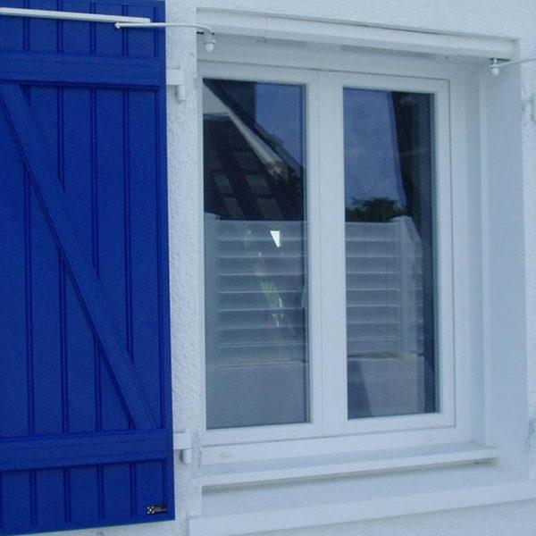 fenêtres bleues bois