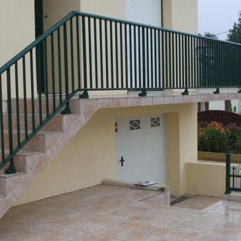 garde-corps escaliers vert