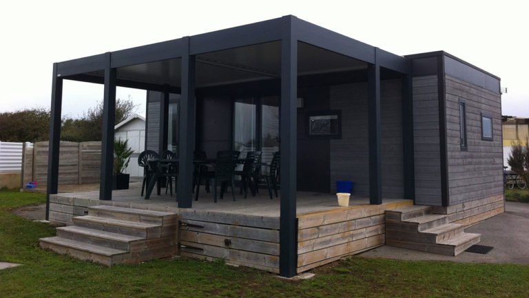 pergola bioclimatique maison en bois