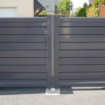 portail aluminium contemporain gris laqué