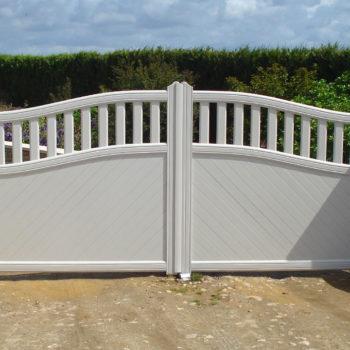 portail aluminium contemporain blanc