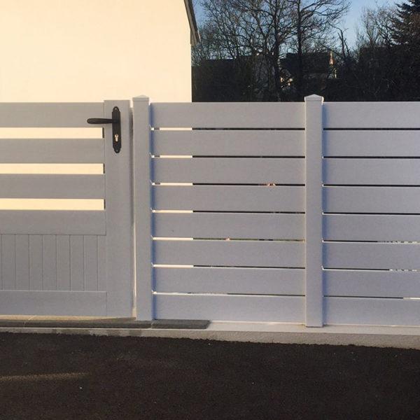 portail pvc portillon et clôture blancs