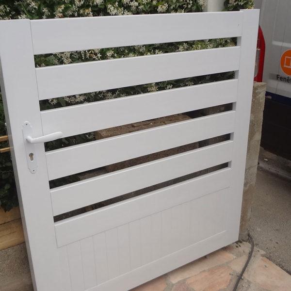 portail pvc portillon blanc
