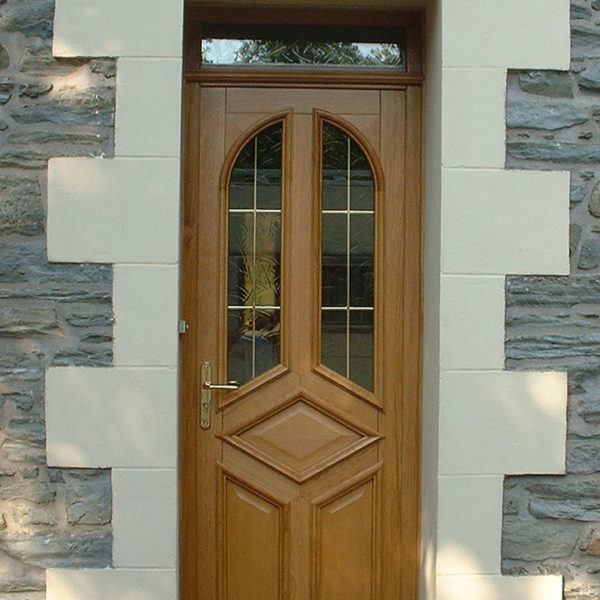 porte d'entrée bois avec fenêtres