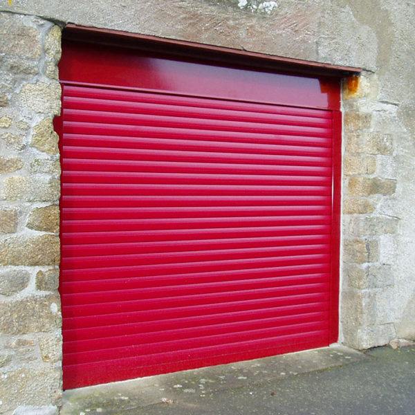 porte de garage enroulable rouge vif