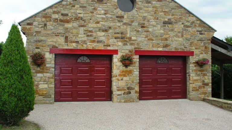 portes de garage sectionnelles bordeaux
