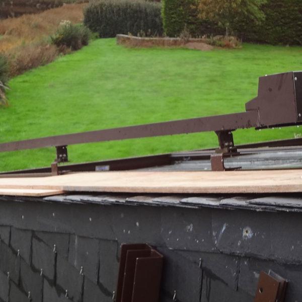 installation de volets pour fenêtres de toit