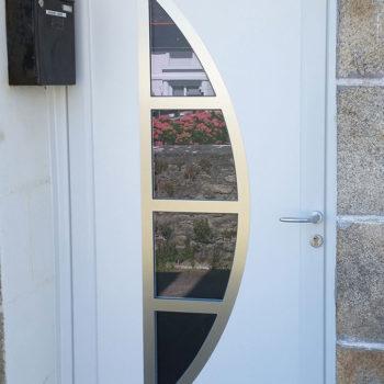 porte d'entrée pvc vitrée en croissant de lune