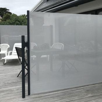 pare-vent opaque gris (biais)