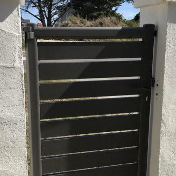 portail aluminium privilège noir (portillon intérieur)