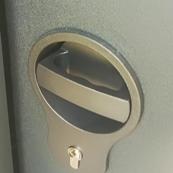 porte de garage latérale, détail ouverture