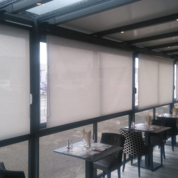 stores intérieurs restaurant fermés