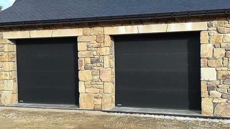 portes de garage sectionnelles modernes noires